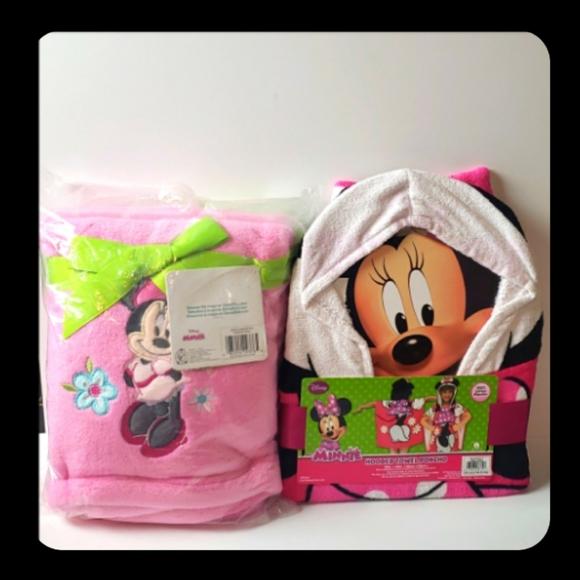 Minnie poncho & blanket